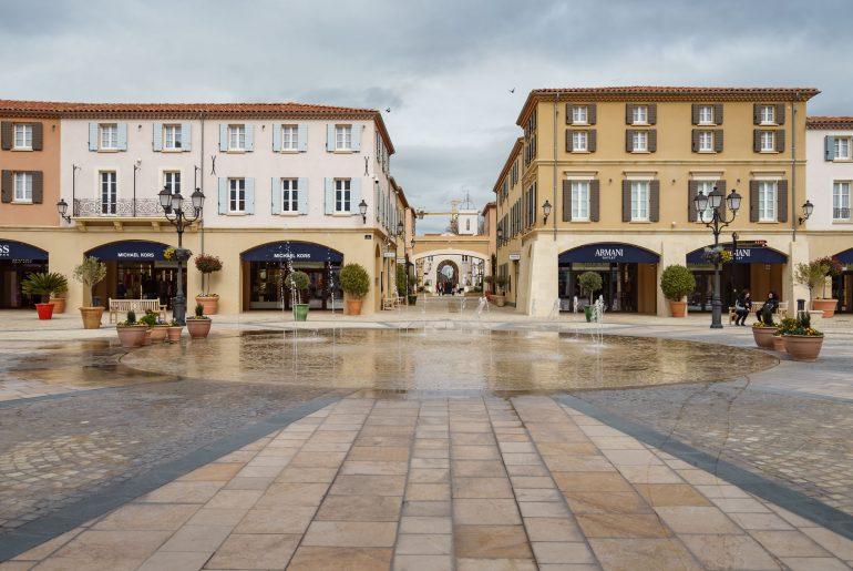 McArthur Glen Provence : le village de marques Provençal
